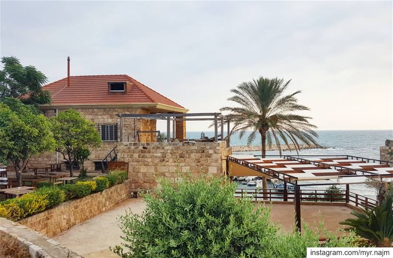 A home like this with a view on the sea 💙......... Lebanon ... (Byblos - جبیل)