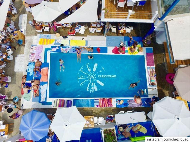 Enjoy, relax, tan and eat 🐟 @chez.fouad chezfouad tahetelrih anforini... (Chez Fouad)