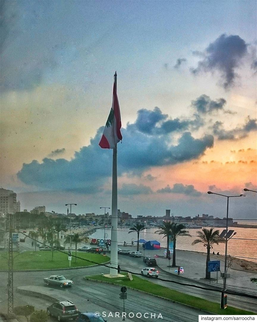 There's so much more than we think there is to see 🌇 takenbyme ... (مدينة صور - Tyre City)