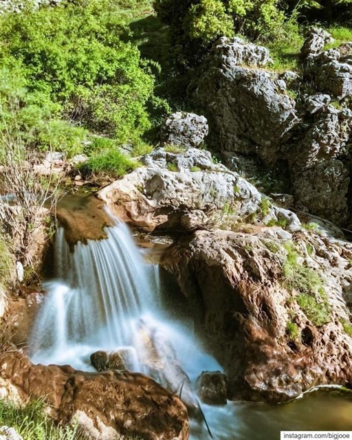 Go into the flow! shotoniphone ..... natgeoshot natgeotravelpic ... (Ehmej, Mont-Liban, Lebanon)