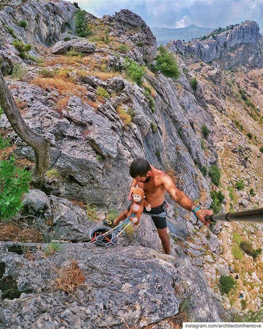 Favorite climbing partner ... (Tannurin Al Fawqa, Liban-Nord, Lebanon)