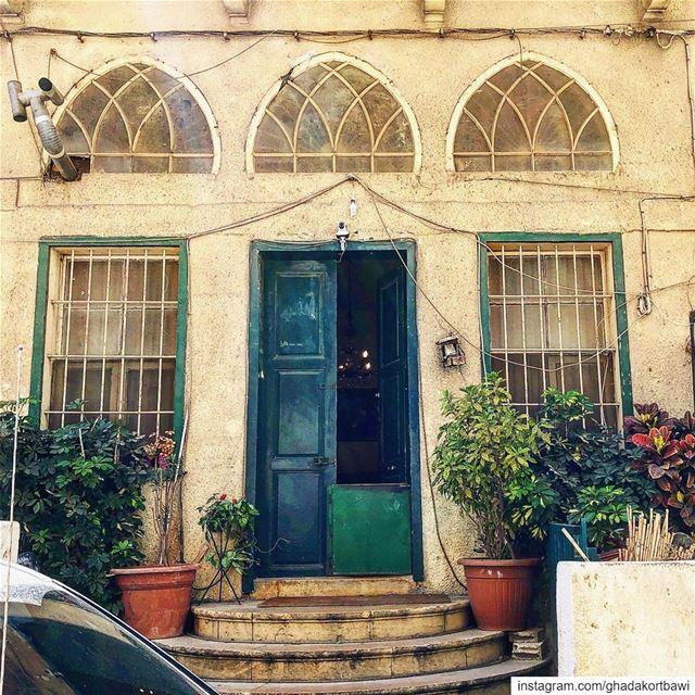 Journée porte ouverte..... opendoor greendoor oldhouse vintage ...