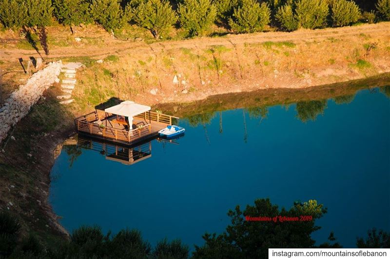 I do have my private lake, and yacht!...... roadtrip explore ... (Akoura, Mont-Liban, Lebanon)