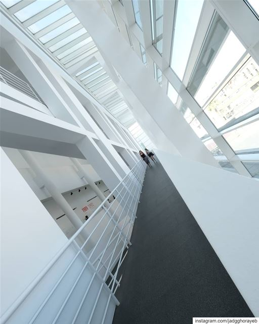 \ Richard Meier \... richardmeier  meier   architecture  arquitectura... (MACBA Museu d'Art Contemporani de Barcelona)