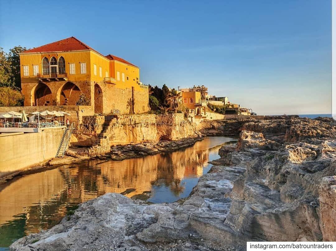 batroun old house phoenician wall city_by_the_sea phoenician wall ... (Batroûn)