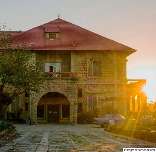 As long as the sun rises,there is a hope 🙏 =============================== (Sawfar, Mont-Liban, Lebanon)