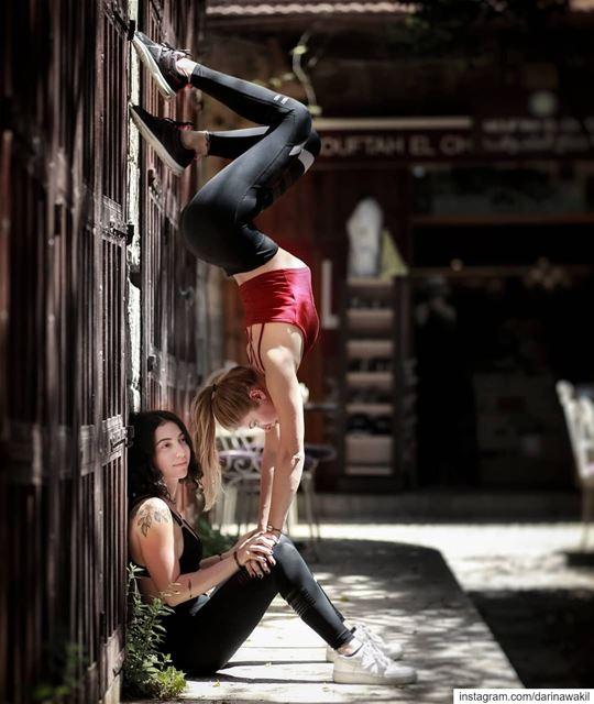 •Street Handstands•...@wissam.andraos ... houseofpolelb handstand ...