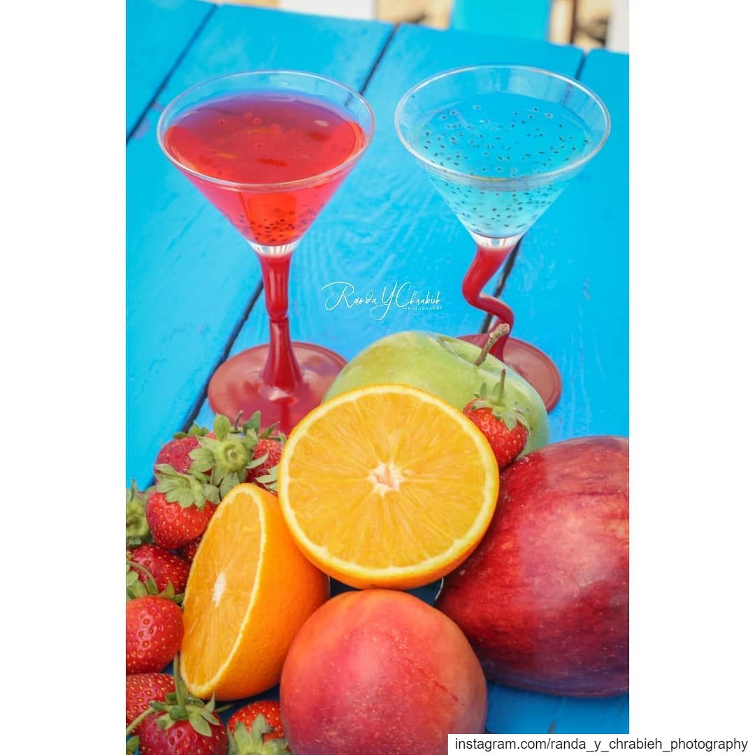 Summer Vibes 🍓🍍🍎🍊🍹 drinkphotography juice summervibes foodstagram... (RAY's Batroun)