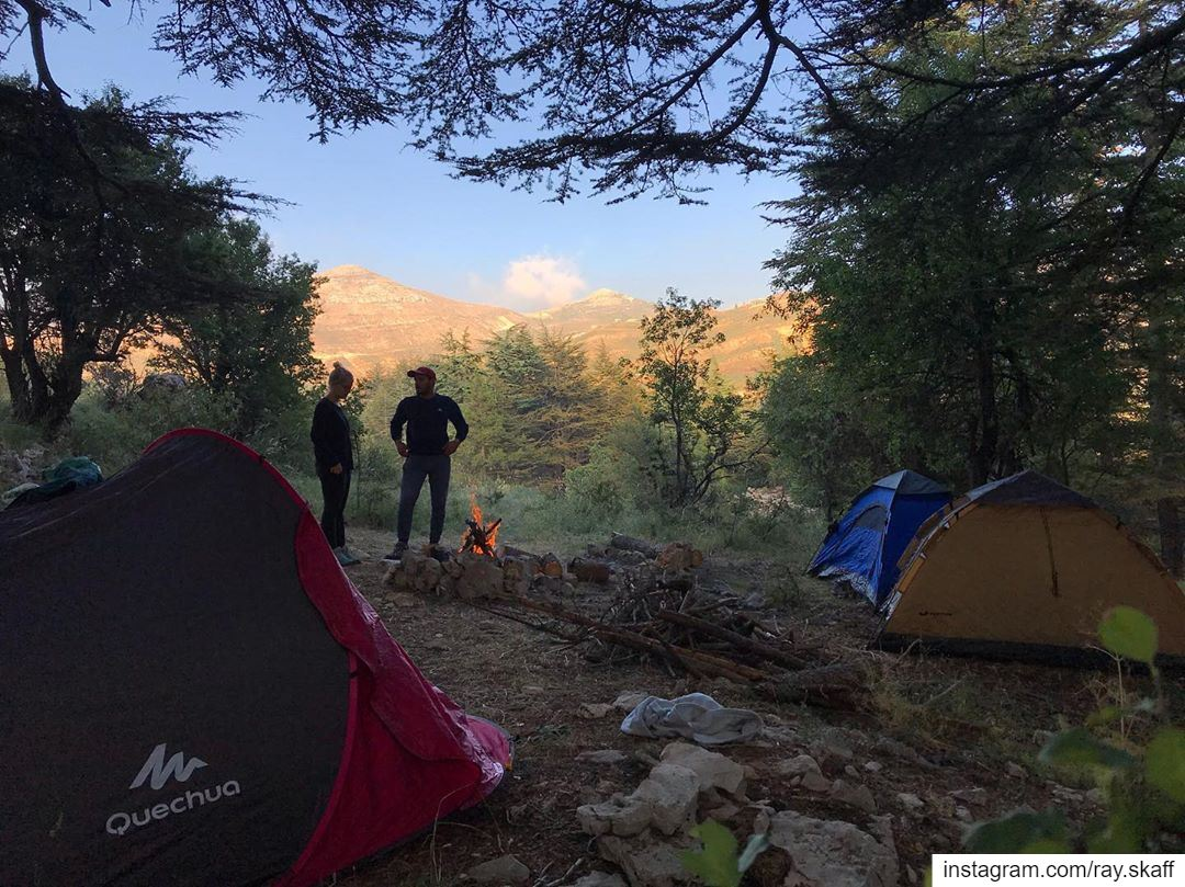 Who likes to camp❓..@decathlonleb @quechua @forclaz_backpacking @trekkin (The Camping ZONE)