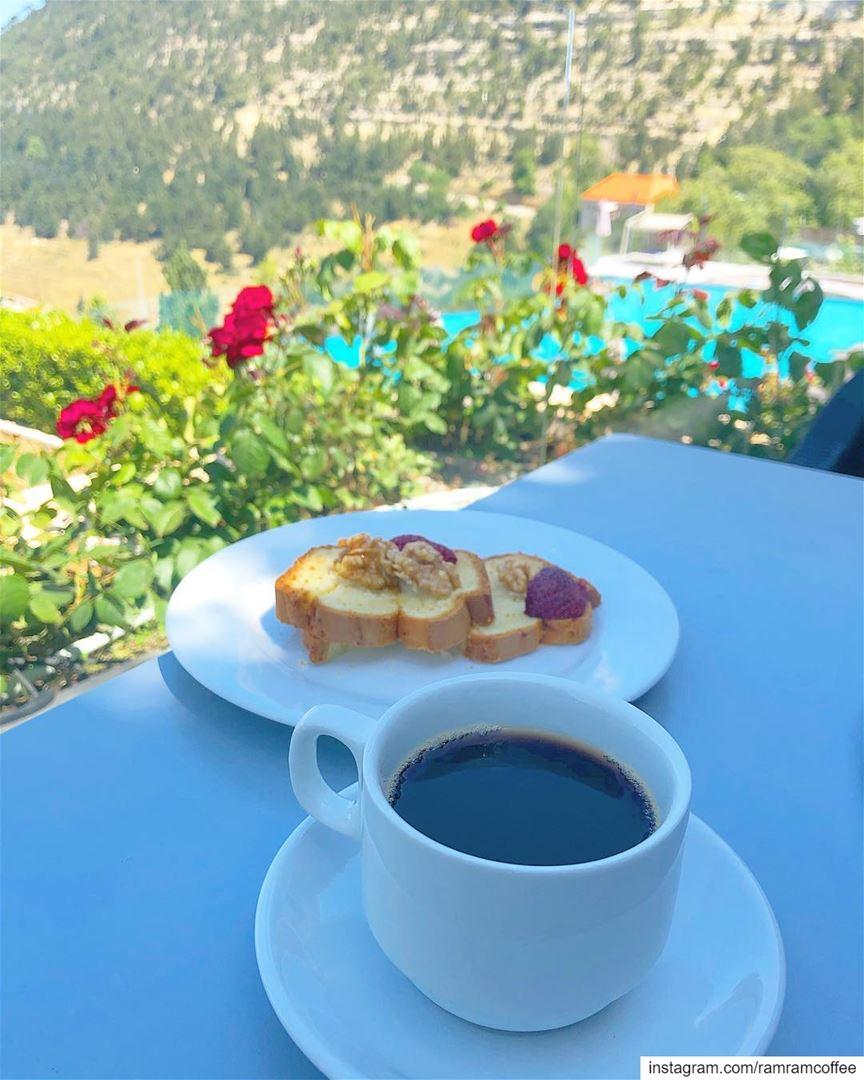 لست بجانبي لكن انت دائماً بقلبي... ramramcoffee turkishcoffee ...