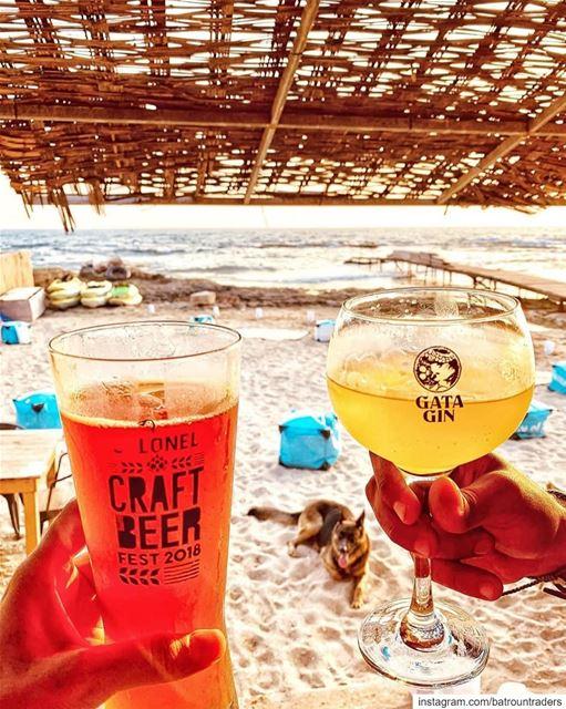 batroun beach @colonelreefbatroun @colonelbeer beer gin batrounbeach ... (Batroûn)