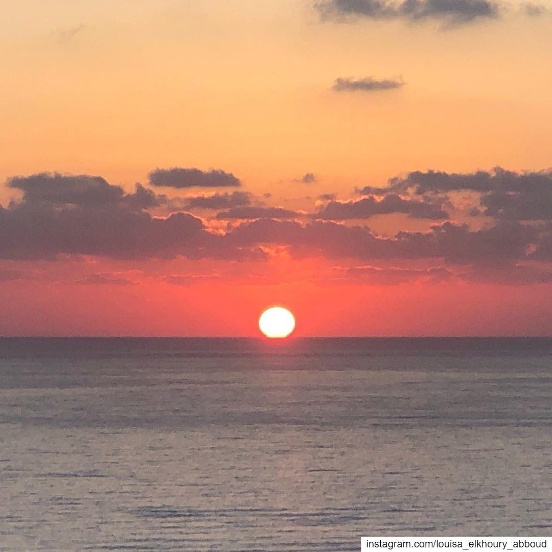 lebanon southlebanon maghdouche sea sunset beautifulsunset sunsets ... (Maghdoûché, Liban-Sud, Lebanon)