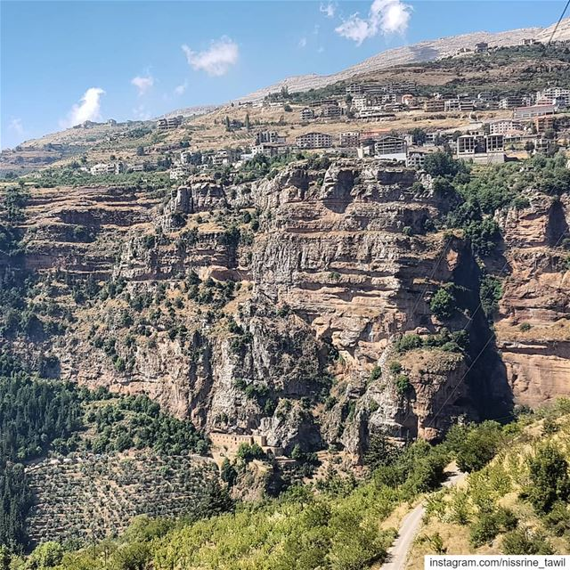qadishavalley monastery placeofworship northlebanon nature ... (Ouâdi Qannoûbîne, Liban-Nord, Lebanon)