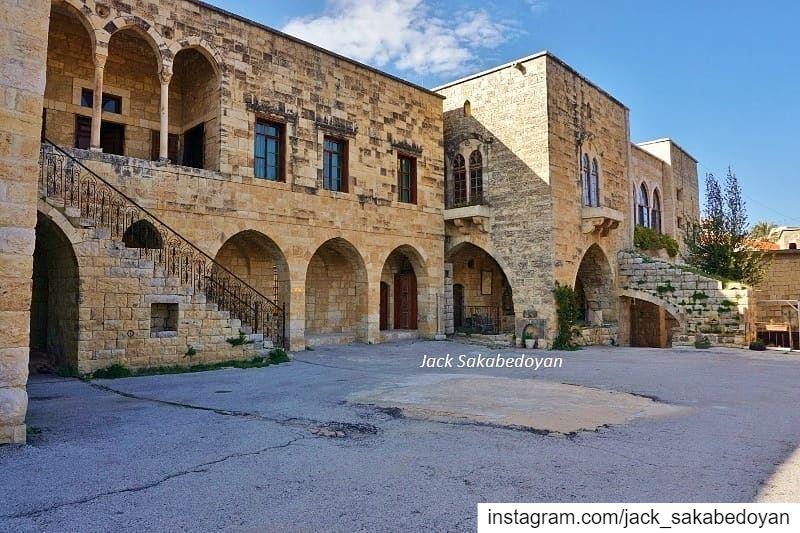 Hamades palace baakline baaklin shouf chouf village villagescape ...