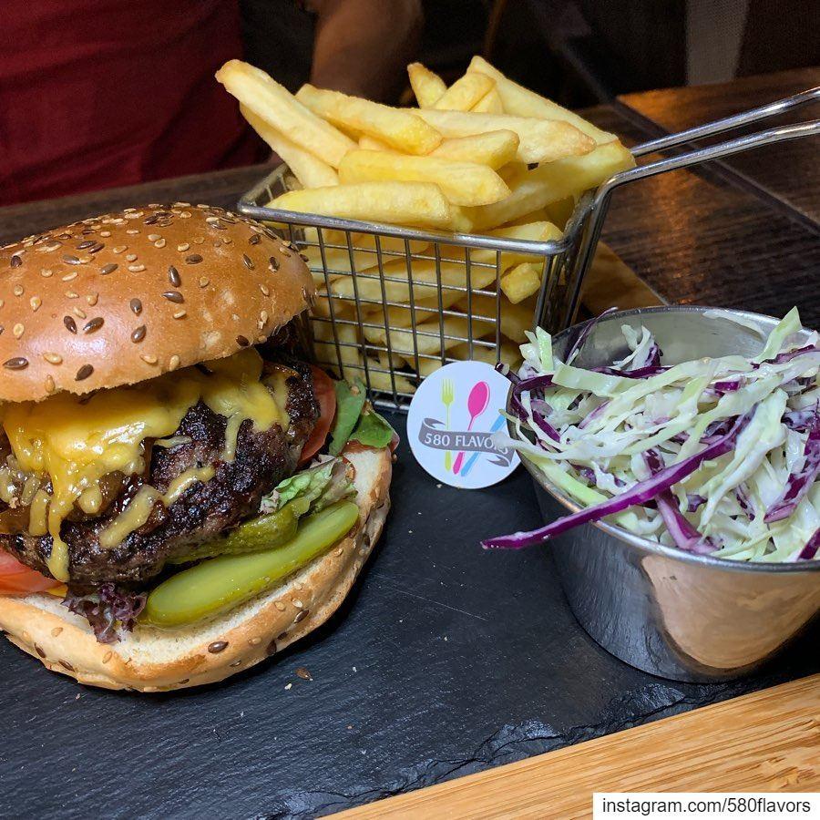 A perfect spread 👌👌 tasty items @lounge36 koura kousba ...... (Lounge36)