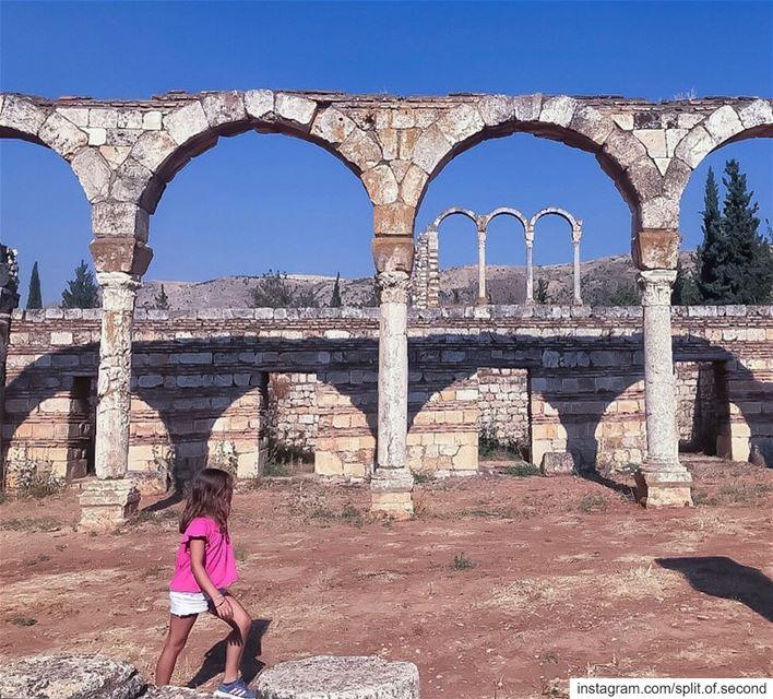 Ymayyad City Ruins, Anjar.... historicalplace archeology anjar ... (Anjar the Omaya site)
