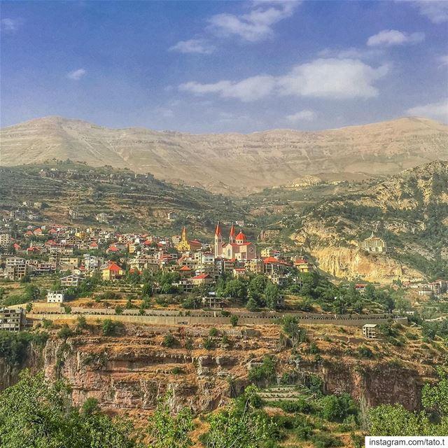 """..""""*• 𝓟𝓸𝓼𝓽𝓬𝓪𝓻𝓭 𝓯𝓻𝓸𝓶 𝓑𝓮𝓪𝓾𝓽𝓲𝓯𝓾𝓵 𝓽𝓸𝔀𝓷 𝓸𝓯 𝓑𝓬𝓱𝓪𝓻 (Bcharré, Liban-Nord, Lebanon)"""