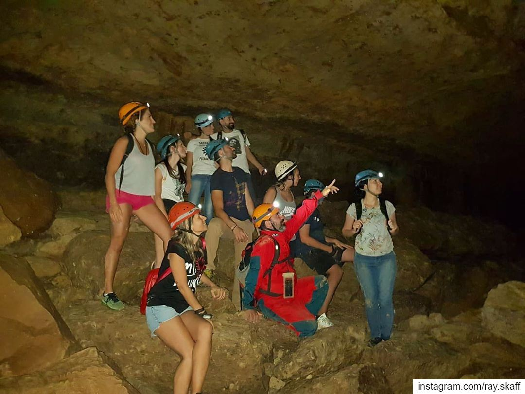A nice team of cavers‼️..@decathlonleb  allmotivated ............ (Pirate's Cave)