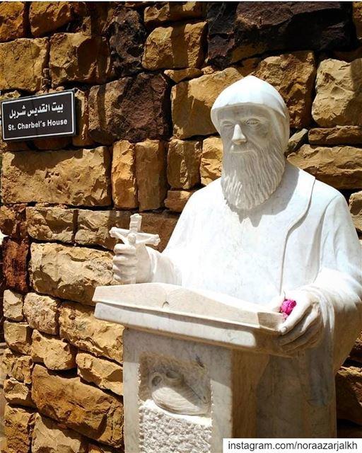 يا قديس لمن عنا يا شربل صللي عنا❤️ bekaakafra saintcharbel northlebanon... (Bekaa Kafra)