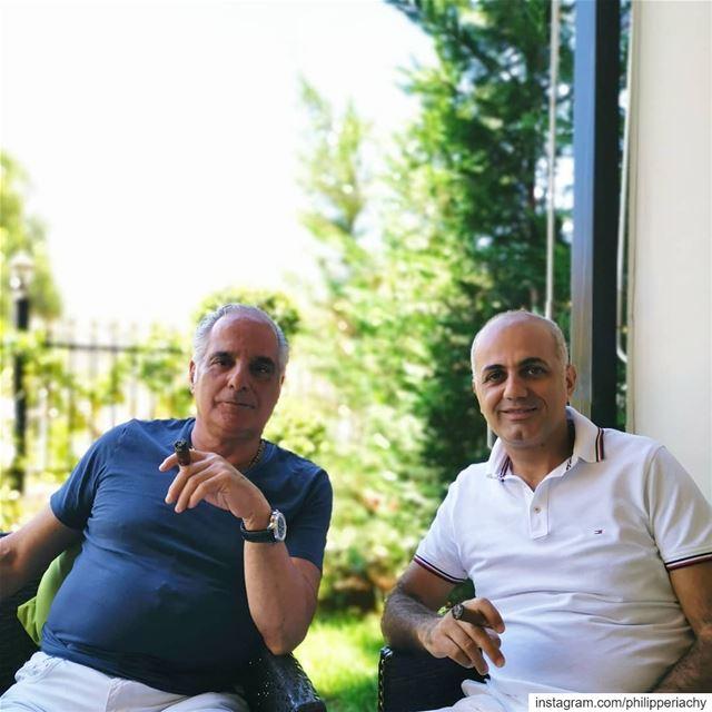 جلسة مع الشيخ ناجي نبهان.... zahle lebanon cigar cigars morning... (Zahlé, Lebanon)