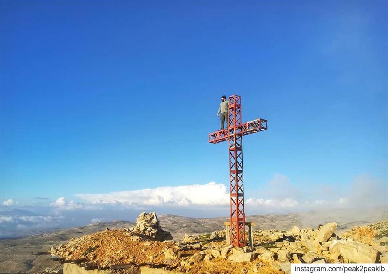 Only on your hand we stand so high..... (Mzaar Kfardebian)