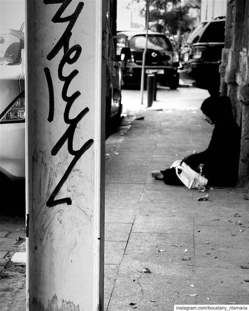 A meaningful silence....✨🖤••••••••••••••••• bnw ... (Gemmayze, Beirut)