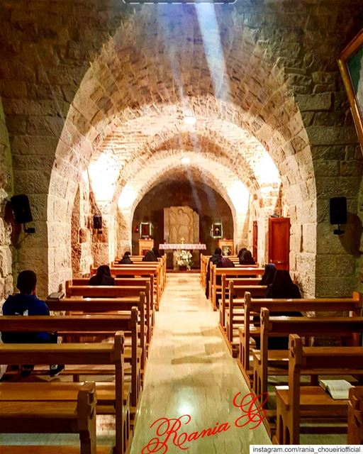 fromayto peaceandlove prayingforus feelingblessed😇 (Aïtou, Liban-Nord, Lebanon)