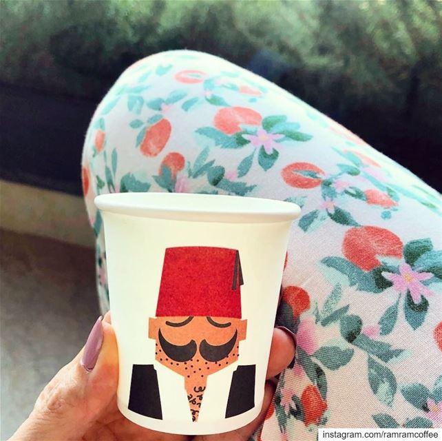 ضع لي مزيداً من الكلمات الحلوة في فنجان قهوتي المرة صباح_الخير.....