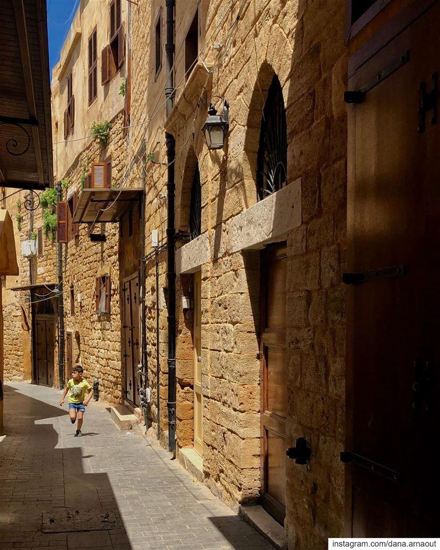 شوارع صيدا العتيقة - الجزء ٢-.. saida sidon south lebanon ... (Saïda, Al Janub, Lebanon)