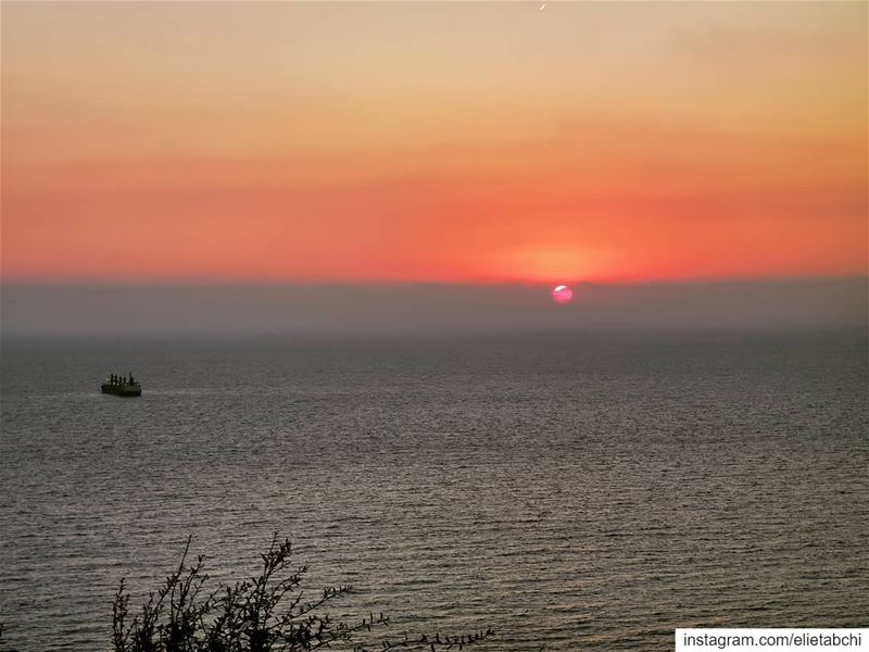 My favorite hour 😍 lebanon  batroun  sunset  sunsets  sunsetlovers ... (Batroûn)