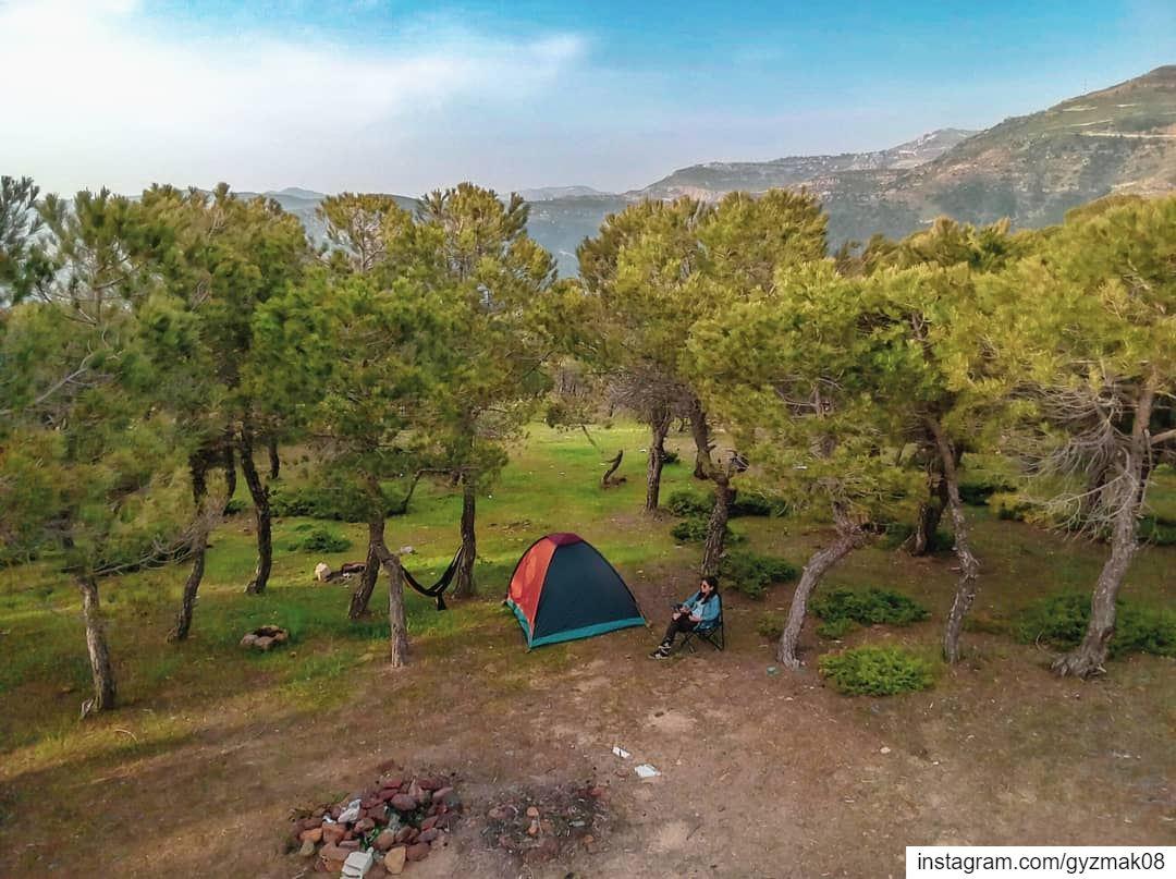 Out and away..... camper camplife livelovebeirut livelovelebanon ... (Baskinta, Lebanon)
