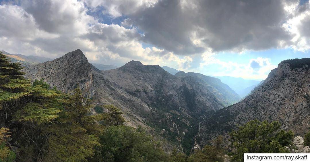 The Lebanese alps‼️..@decathlonleb @quechua allmotivated .......... (Lebanon)