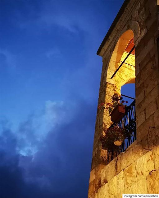 lebanon mountlebanon keserwan dlebta lebanonhouses village night house... (Dlebta, Mont-Liban, Lebanon)