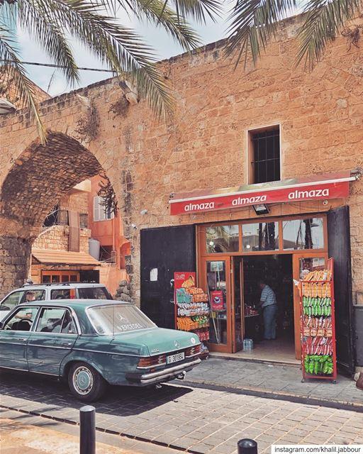 *dekken•••••• dekken salutliban hellolebanon july2019 ... (Tyre, Lebanon)