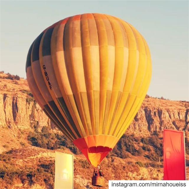 Ballooonnsss 🎈🎈🎈 hotairballoon hotairballoon instagram creative ... (Beirut, Lebanon)