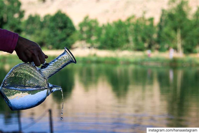 هناك ينبوع في داخلك فلا تتجول بدلو فارغ ...روقان_تايم تصوير عدستي قهوتي (Lebanon)