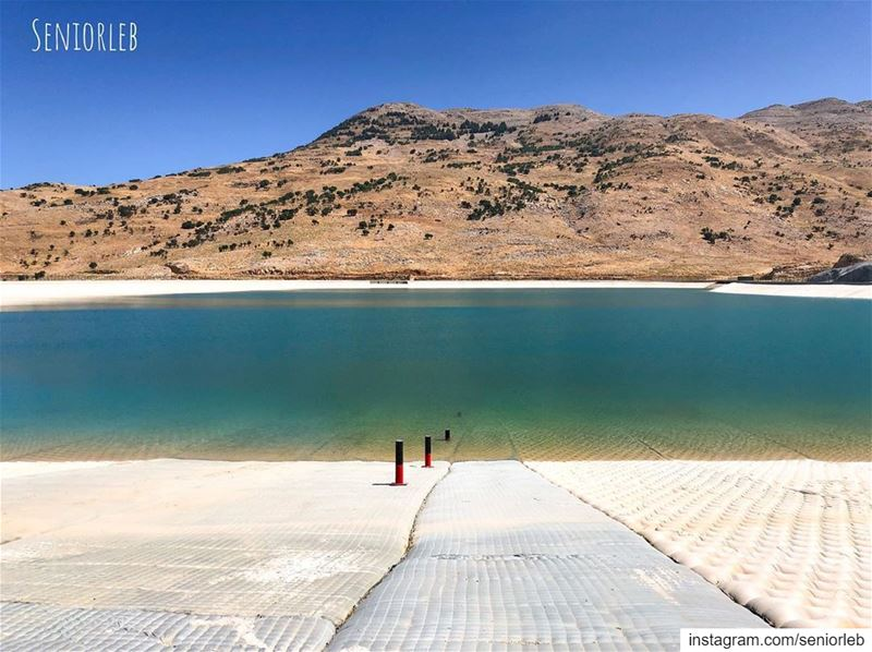 This is a beautiful new dam in lebanon! The place is so pretty... 🇱🇧———— (Falougha, Mont-Liban, Lebanon)