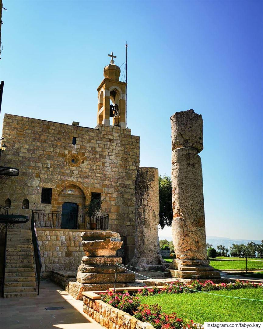 lebanon sunday beitmery lebanon_catholicphotograpy naturelovers... (Beit Meri, Mont-Liban, Lebanon)