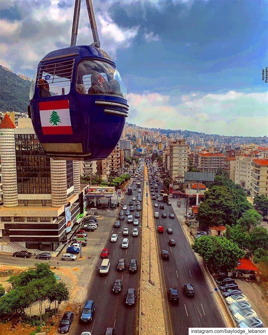 🇱🇧🌳🚡 HappyArmyDay Repost @beirutpage・・・لا يمكن لزائر لبنان إلا أن ي (Harîssa, Mont-Liban, Lebanon)