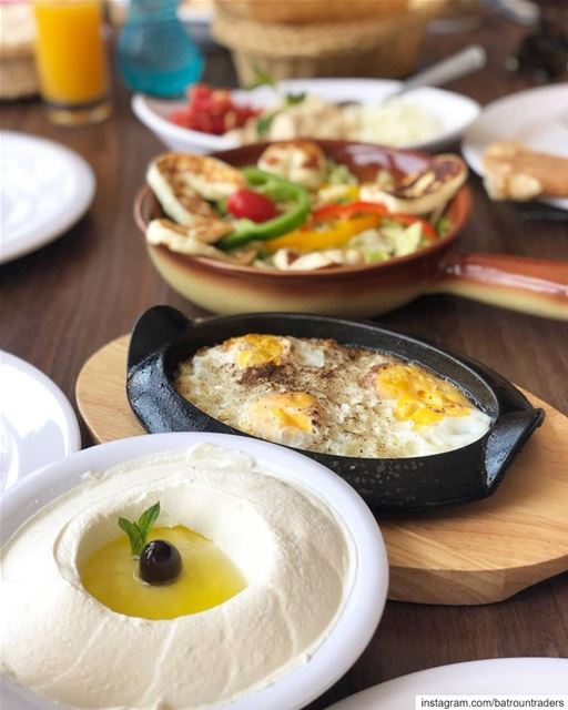 batroun restaurants @raysbatroun bahsa beach batrounbeach ... (RAY's Batroun)