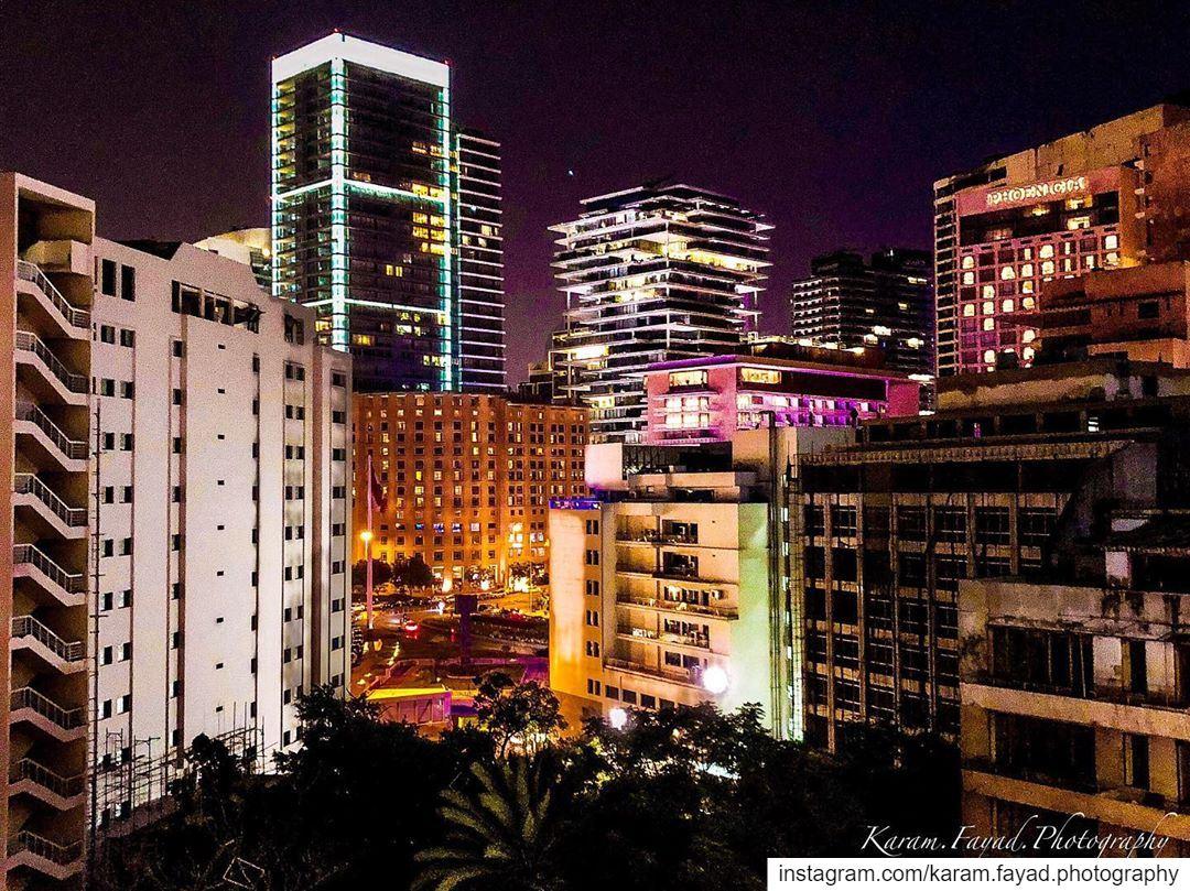 Beirut at night Beirut lebanon🇱🇧 light night lifenight photography... (Beirut Lebanon - لبنان.بيروت)
