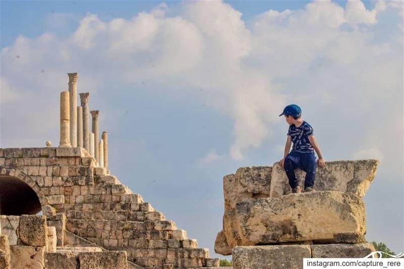 من أصعب ما قد يواجهك في الحياة هو التغيير...أن تغير ما اكتسبته من مجتمعك،... (Tyre, Lebanon)