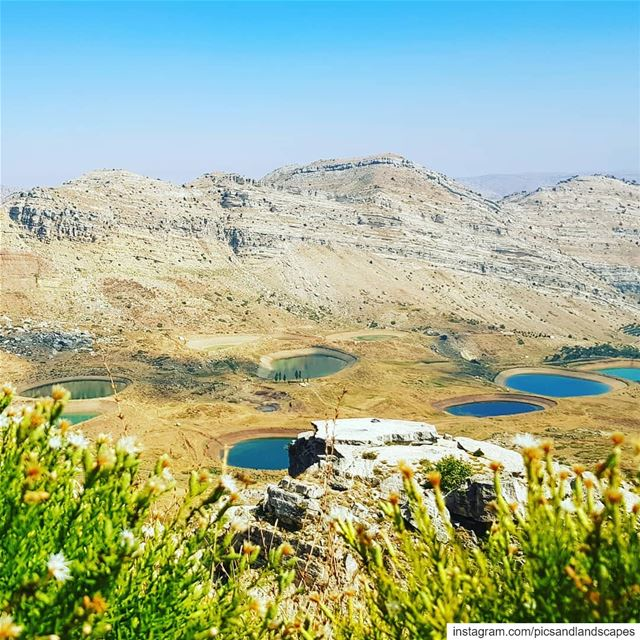hikinglebanon hikinglb livelovenature livelovehiking hikingadventures... (Akoura, Mont-Liban, Lebanon)