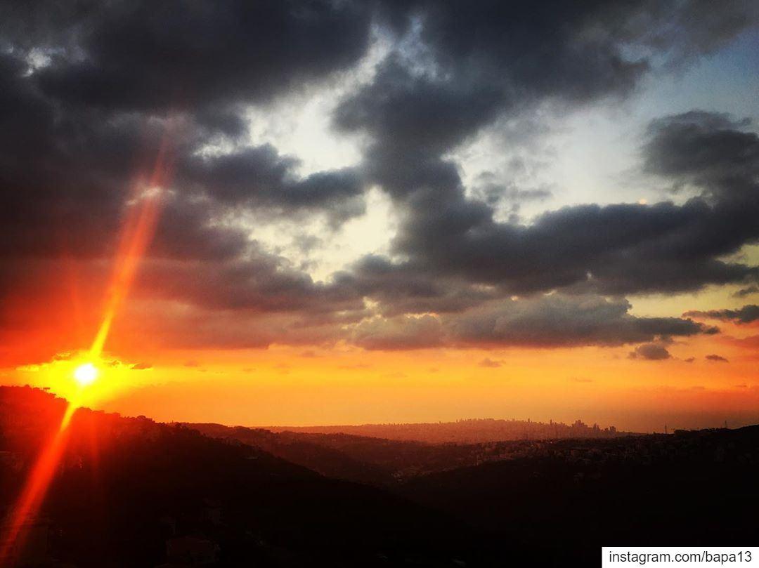 sunset clouds sun sky sea ocean seaview Mountain valley hometown... (Abadiyeh, Mont-Liban, Lebanon)