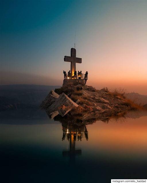 OnePlus 📸 Lebanon 🇱🇧 Akoura Mountains Mountain Sun Sunset ... (Akoura, Mont-Liban, Lebanon)