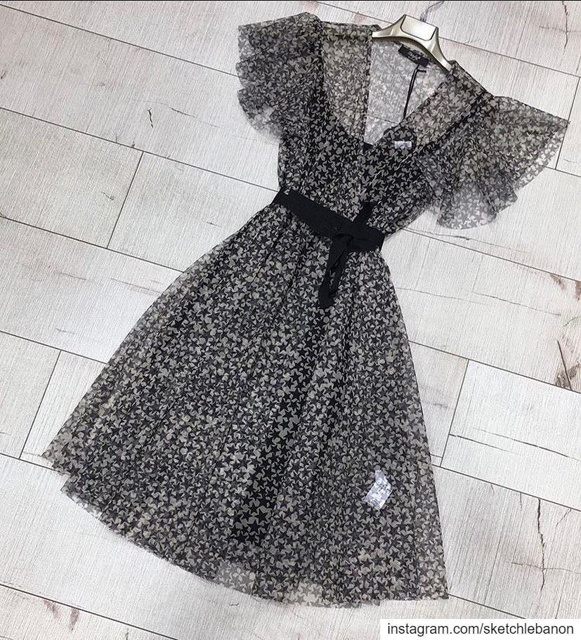 Stars pattern dress in long sleeves available in the New fw20 collection @s (El Mtaïleb, Mont-Liban, Lebanon)
