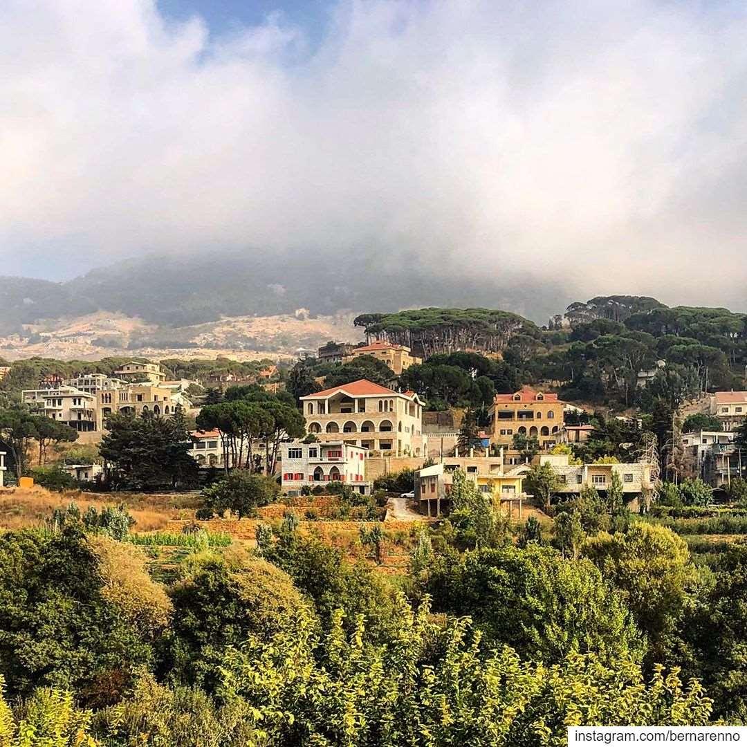 barouk chouf montlebanon lebanon livelovechouf ... (Bâroûk, Mont-Liban, Lebanon)