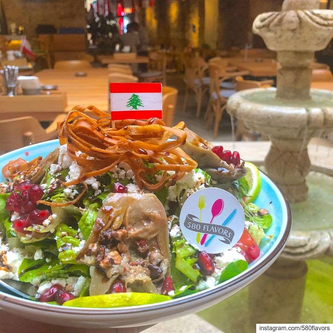 It's time to stand for Lebanon 🇱🇧💪 lebanon🇱🇧 lebaneserevolution ..... (Khan جبيل)