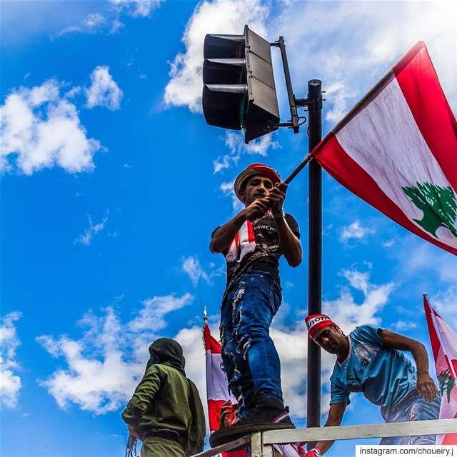 lebanon, lebanese, revolution, lebaneserevolution, لبنان ، لبنان_يحتر (Beirut, Lebanon)