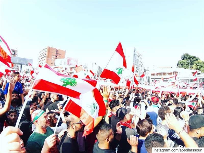 🇱🇧🇱🇧🇱🇧... لبنان_ينتفض  كلن_يعني_كلن................ (Tripoli, Lebanon)